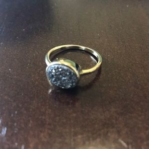 Jewelry - Gold and slate druzy ring